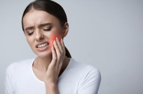 3 Tips for Handling a Dental Emergency